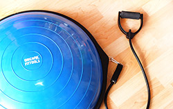 Упражнения c BOSU в OriginalFitTools.ru