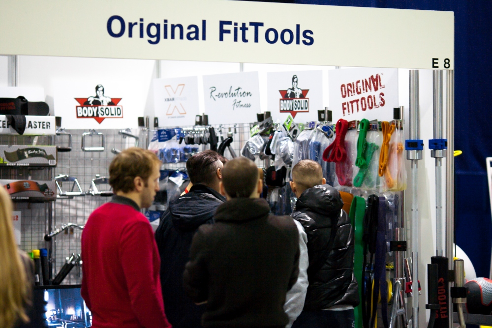 Очередь у стенда OriginalFitTools